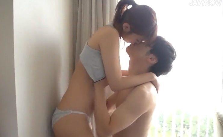 「S-Cute」シャワーも浴びずに汗だくセックス Hikaru 紺野ひかる