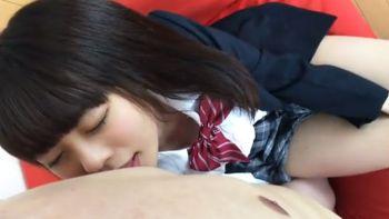 「個人撮影」エロい唇の可愛い女子高生と円光SEX!ツルツルおまんこに中出し!!