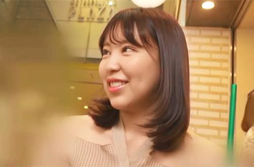21歳看護学生さんが着エロの撮影との口車に乗せられガッツリ中出しでハメられる!!