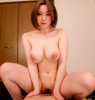 田中ねねとかいう3月にデビューしたのにもう130本出してるAV女優