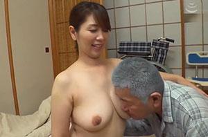 はだかの訪問介護士 翔田千里